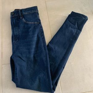 Abercrombie and Fitch high waisted curvy jeggings